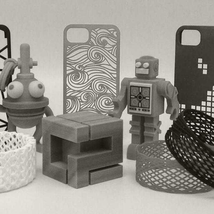Сувенирные изделия и игрушки